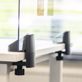 Pannello divisorio / Schermo in plexiglass per scrivania - Incl. morsetti per scrivania singola - 58x120 cm